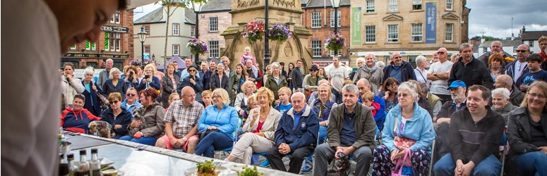 Record crowds at our 2015 Penrith on a Plate event
